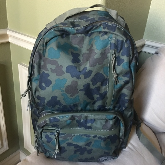 bf4937d9936cac Converse Camo Backpack (Unisex)
